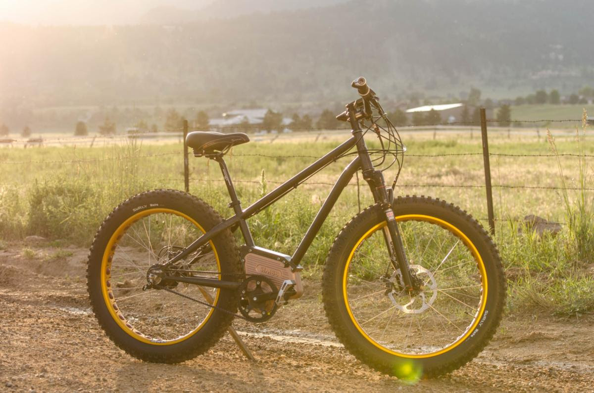 First released version of the Optibike SIMBB placed in a Fat Tire Bike Frame