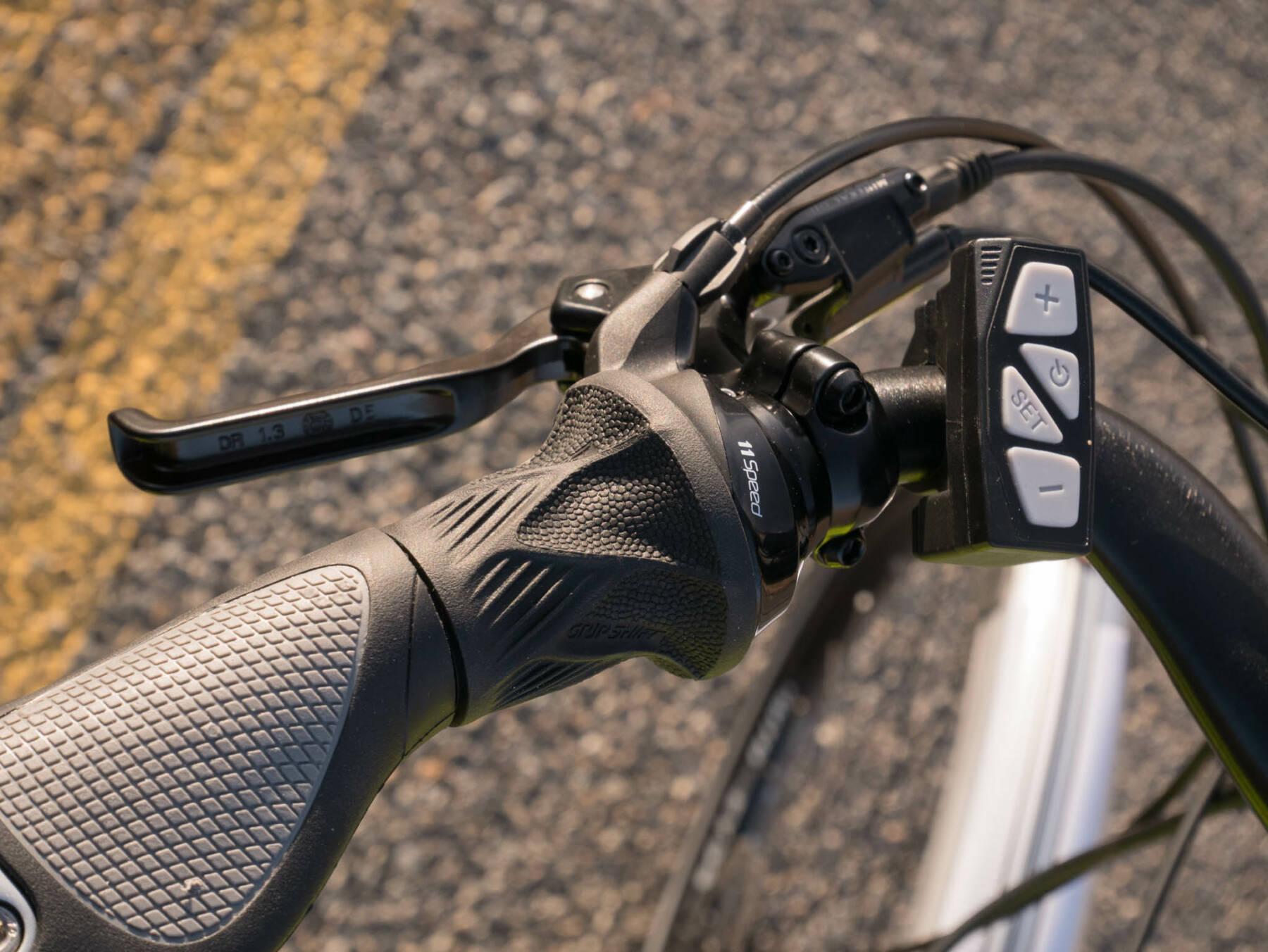 Rocky Mountain Commuter Grip Shifter