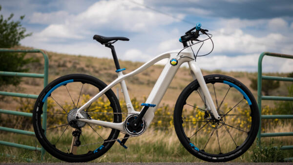 Pioneer Carbon SL ultralight electric bike